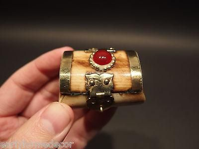 Antique Style Collectible Bone Ring, Jewelery, Trinket Box - Early Home Decor