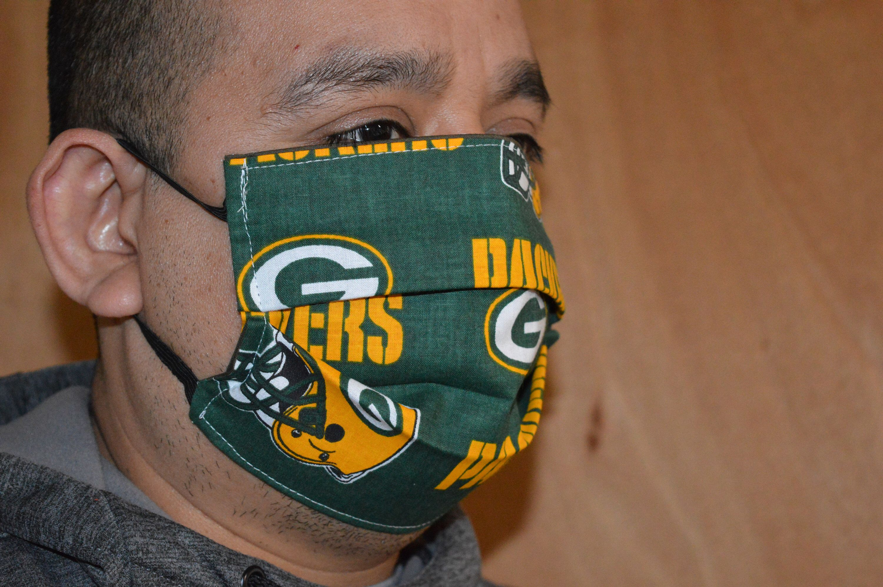 Nfl Football Green Bay Packers Washable Reusable Cotton Face Mask Double Layer With Elastic Ear Loop In 2020 Face Mask Washable Reusable