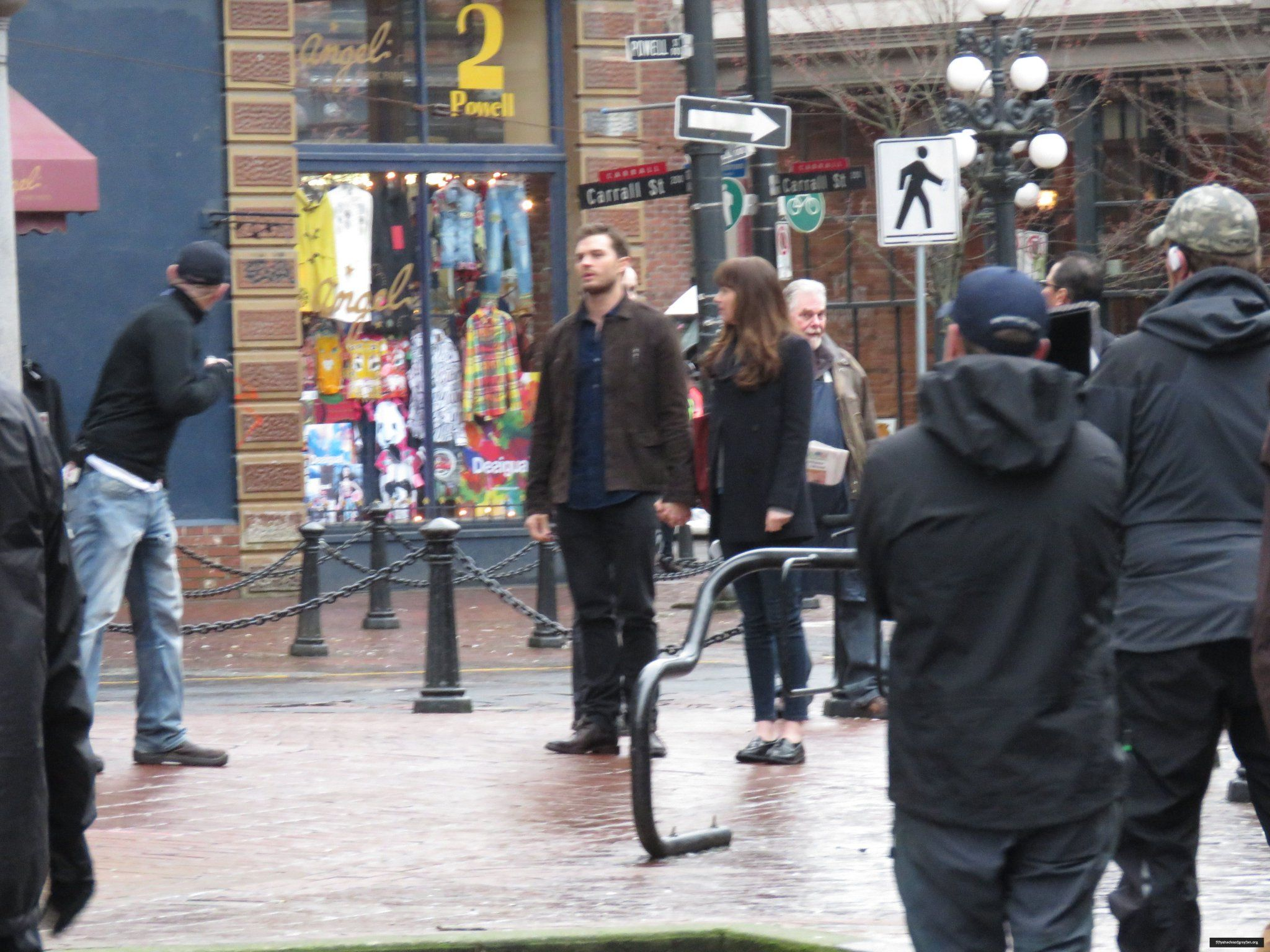 """Fifty Shades Darker on Twitter: """"+ 300 New Unseen HQ Pics of Jamie and Dakota on #FiftyShadesDarker Set in March!  https://t.co/3bSBNaPyTP https://t.co/aV2bx1oi35"""""""