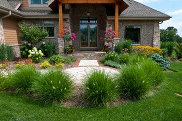 Milwaukee Garden Landscape Design Ideas Pictures Remodel And Decor Home Landscaping Luxury Landscaping Grasses Landscaping
