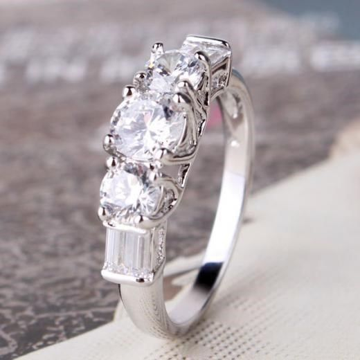 98db4d079 18K White Gold Filled Swarovski Crystal Solitaire Engagement Ring #8 Size 9  Exquisite 18K White