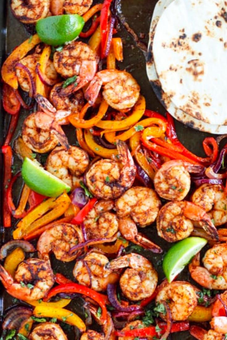 Sheet Pan Shrimp Fajitas #shrimpfajitas