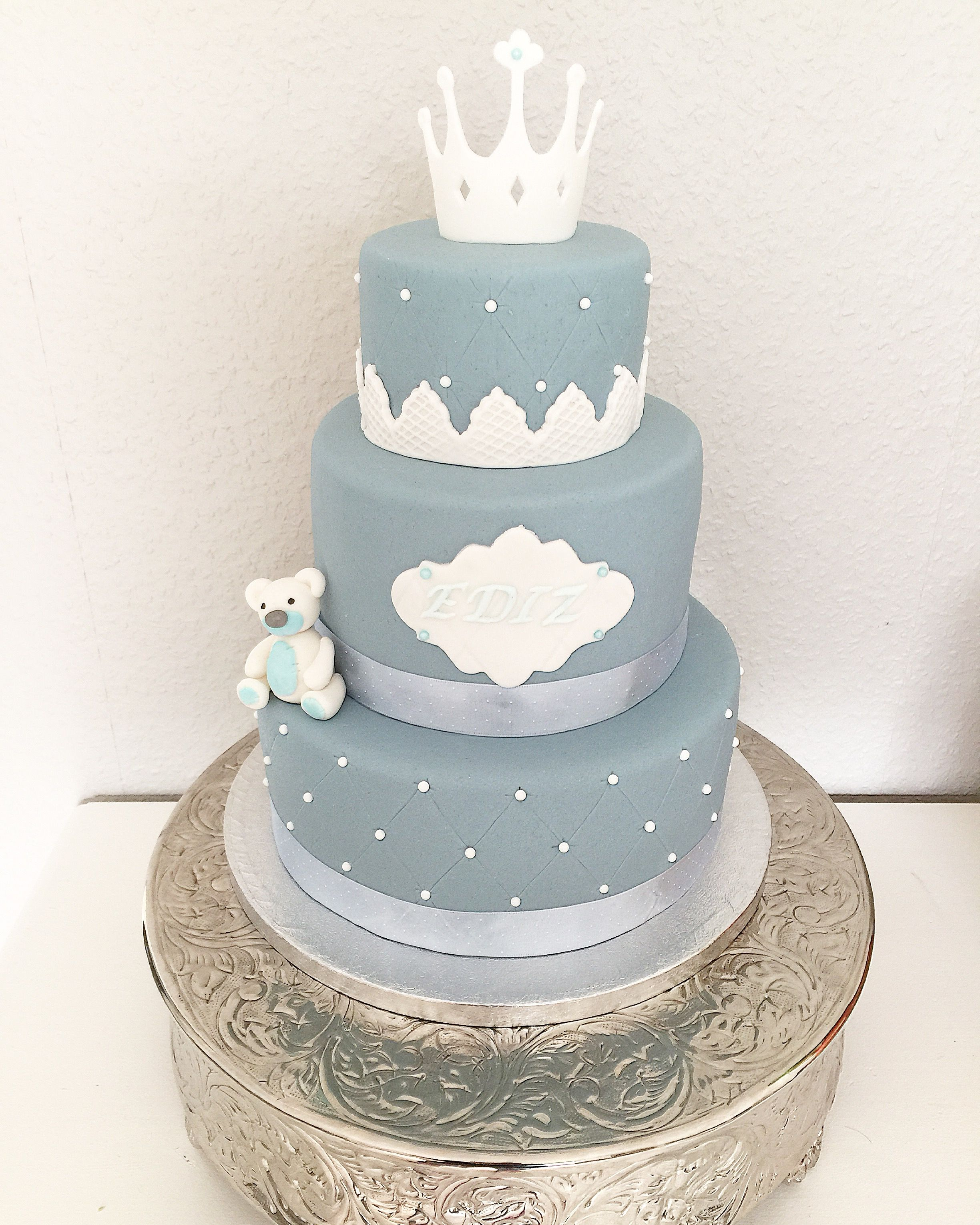 Little Boy S First Birthday Cake With Sugarpaste Bear And Crown