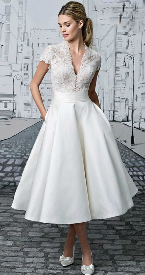 45 AMAZING SHORT WEDDING DRESS FOR VOW RENEWAL | Wedding gown ...