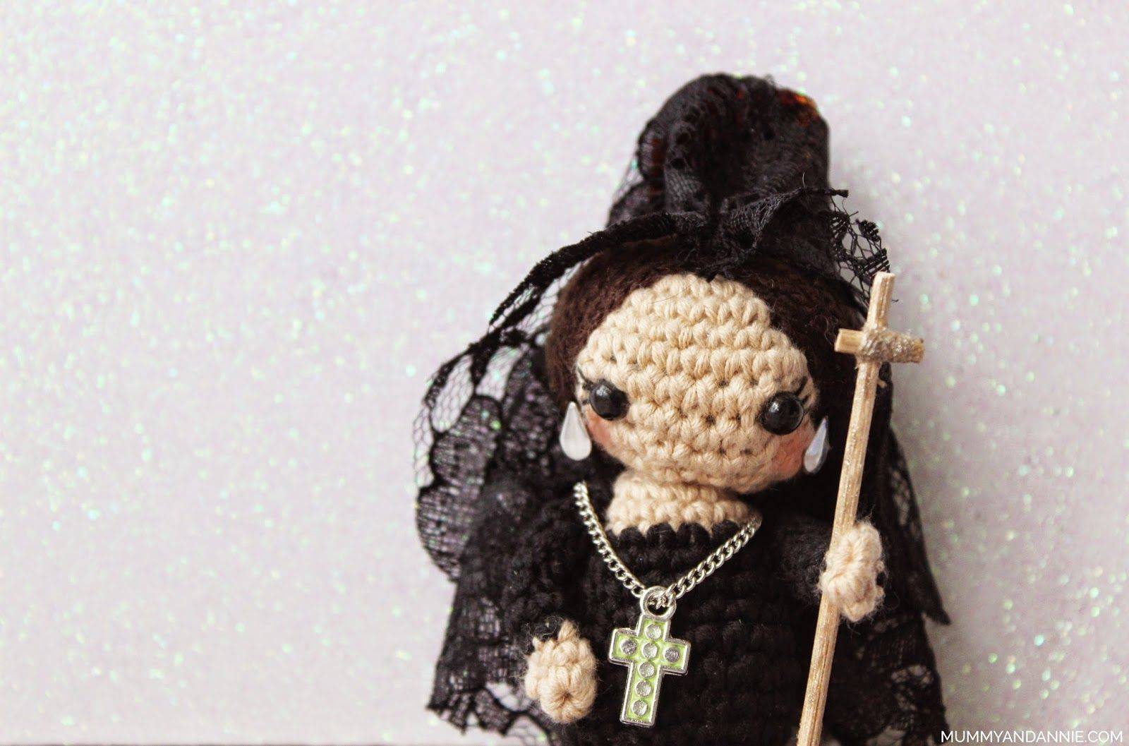 Mummy and Annie : Mantilla y nazareno amigurumi | fallas y fiestas ...