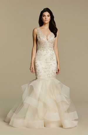 V-Neck Mermaid Wedding Dress with Natural Waist in Lace. Bridal ...