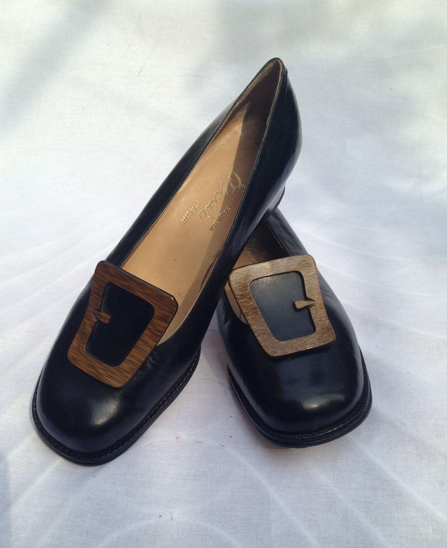 5e4f2813c3 FESTA DELLA MAMMA Scarpe nere anni 60 stile Ferragamo, punta ...