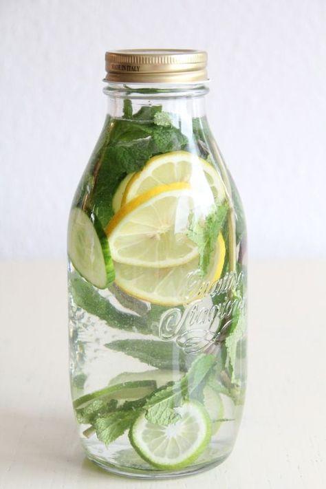 """Zitronen-Minze """"Detox-Limonade"""""""