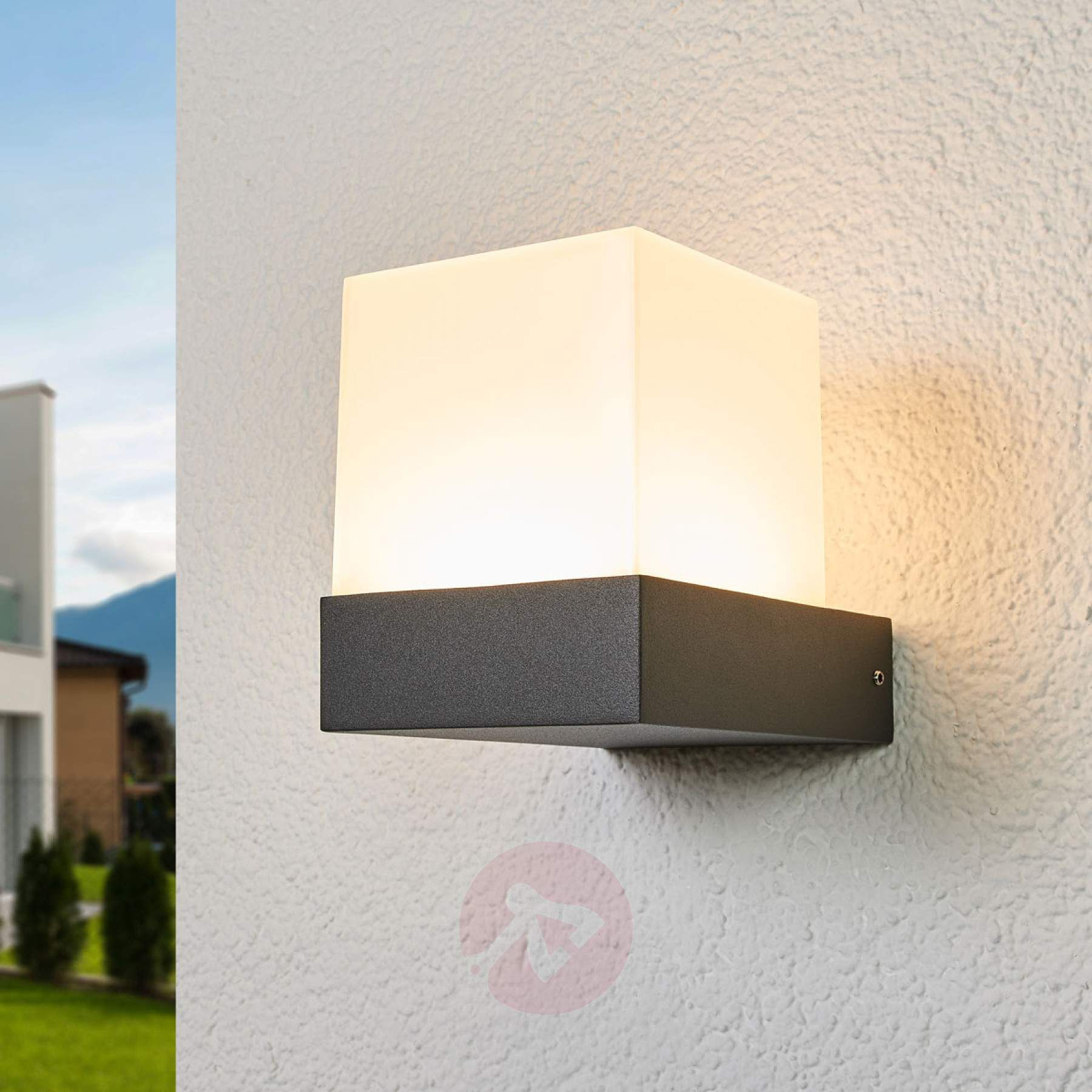 Led Outdoor Wall Light In Cube Shape