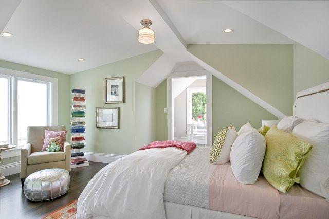 Schlafzimmer ideen farbgestaltung grün  Farbe-Hell-Grün-ausgleichend-beruhigend-Schlafzimmer | Bedroom ...