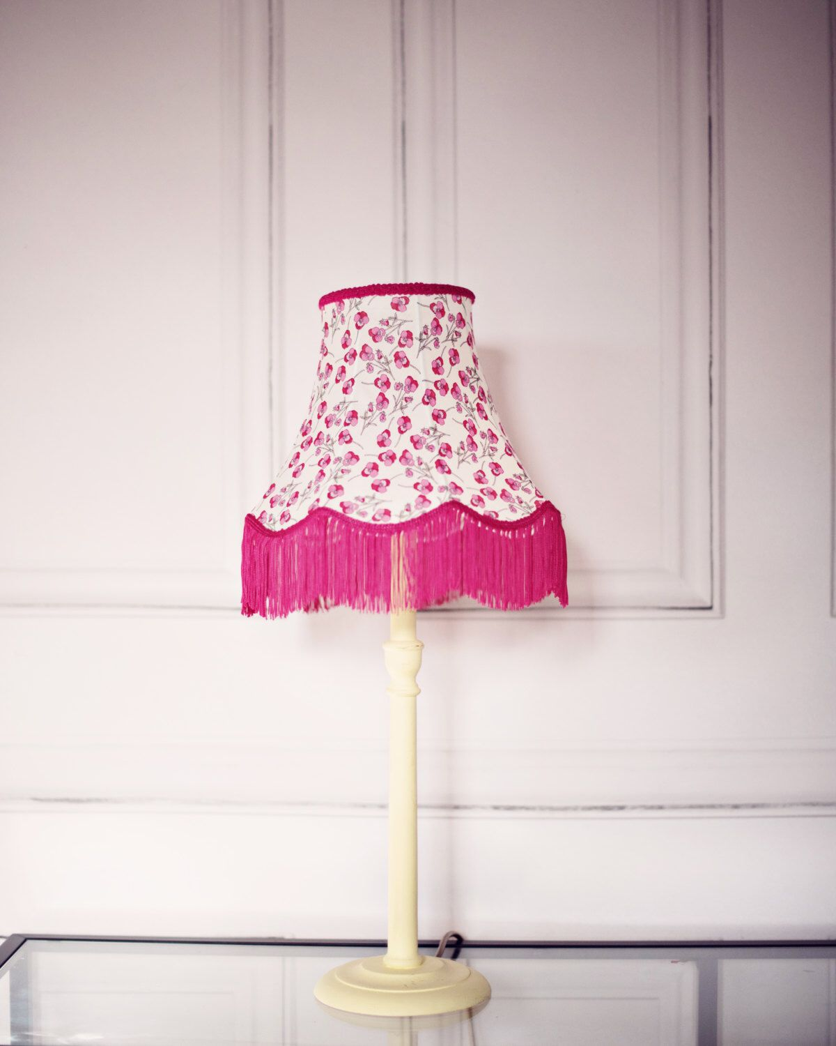 Pin By Shadowbright On Isn T It Lovely Vintage Lamps Pink