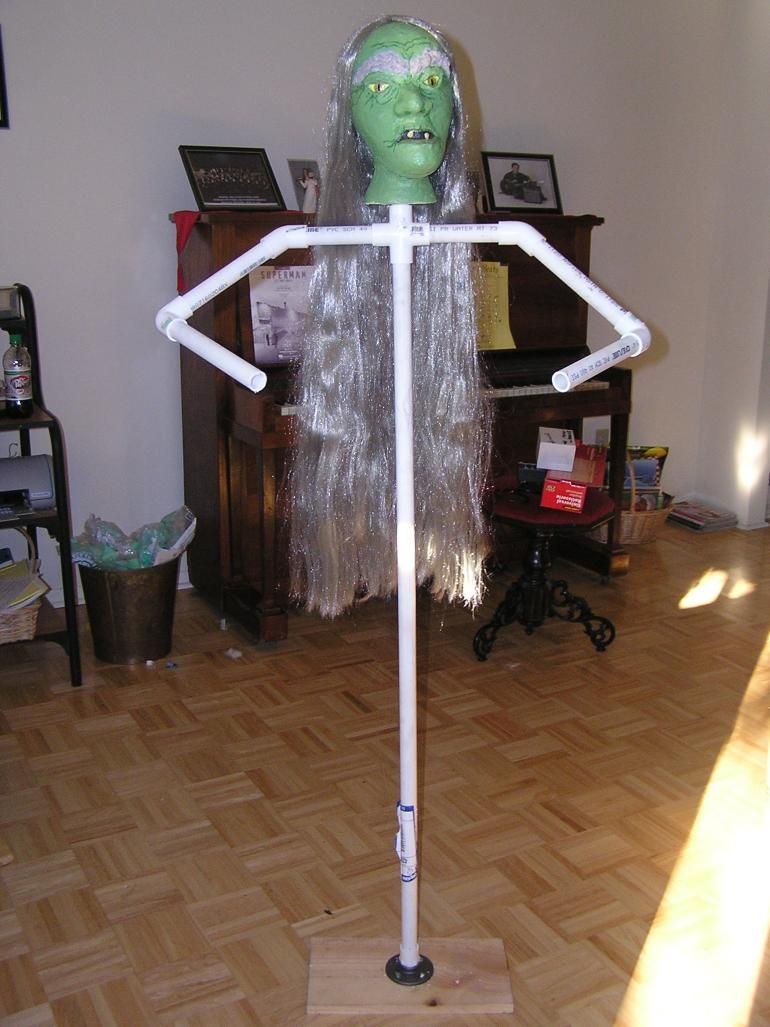 how to make a stand up dummy for halloween i will be making more of - Making Halloween Props