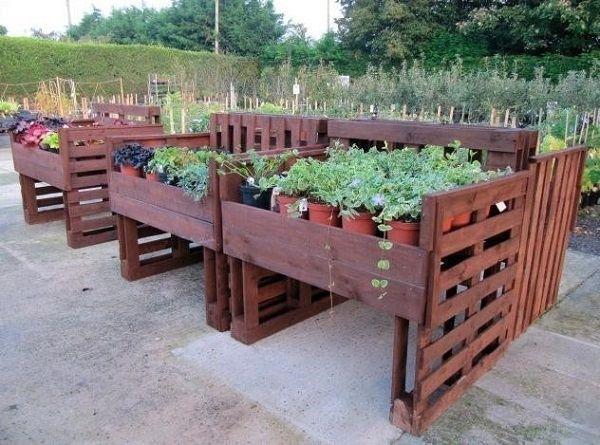 Como hacer muebles con palets jardinera arte en madera pinterest palets muebles con - Como hacer muebles con palets ...