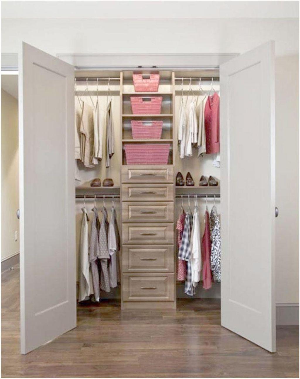 Pin by coco lancier on closet pinterest cl set for Closets pequenos y funcionales