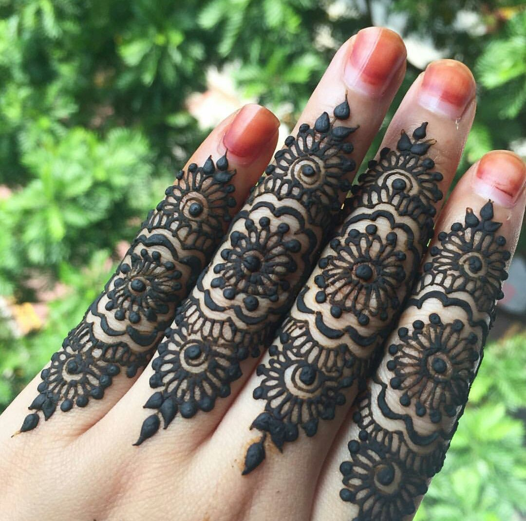 Mehndi Fingers Zara : Henna by eshennafix on we heart it mehndi