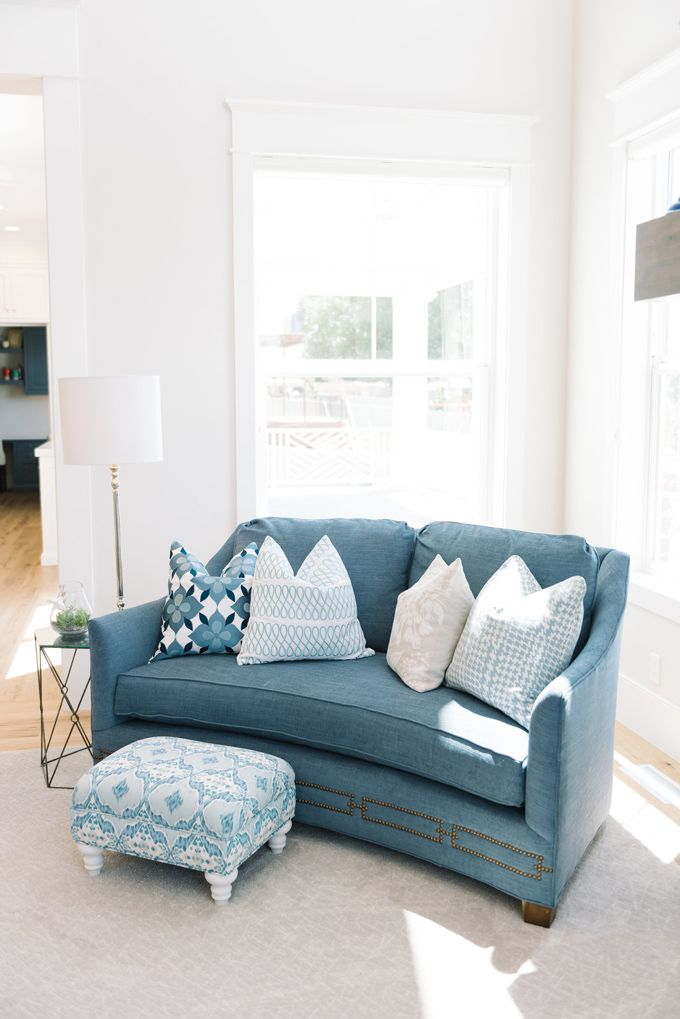 House Of Turquoise: Four Chairs Furniture | Love Those Pillows For