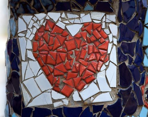 love the colors and pattern of this  mosaic!