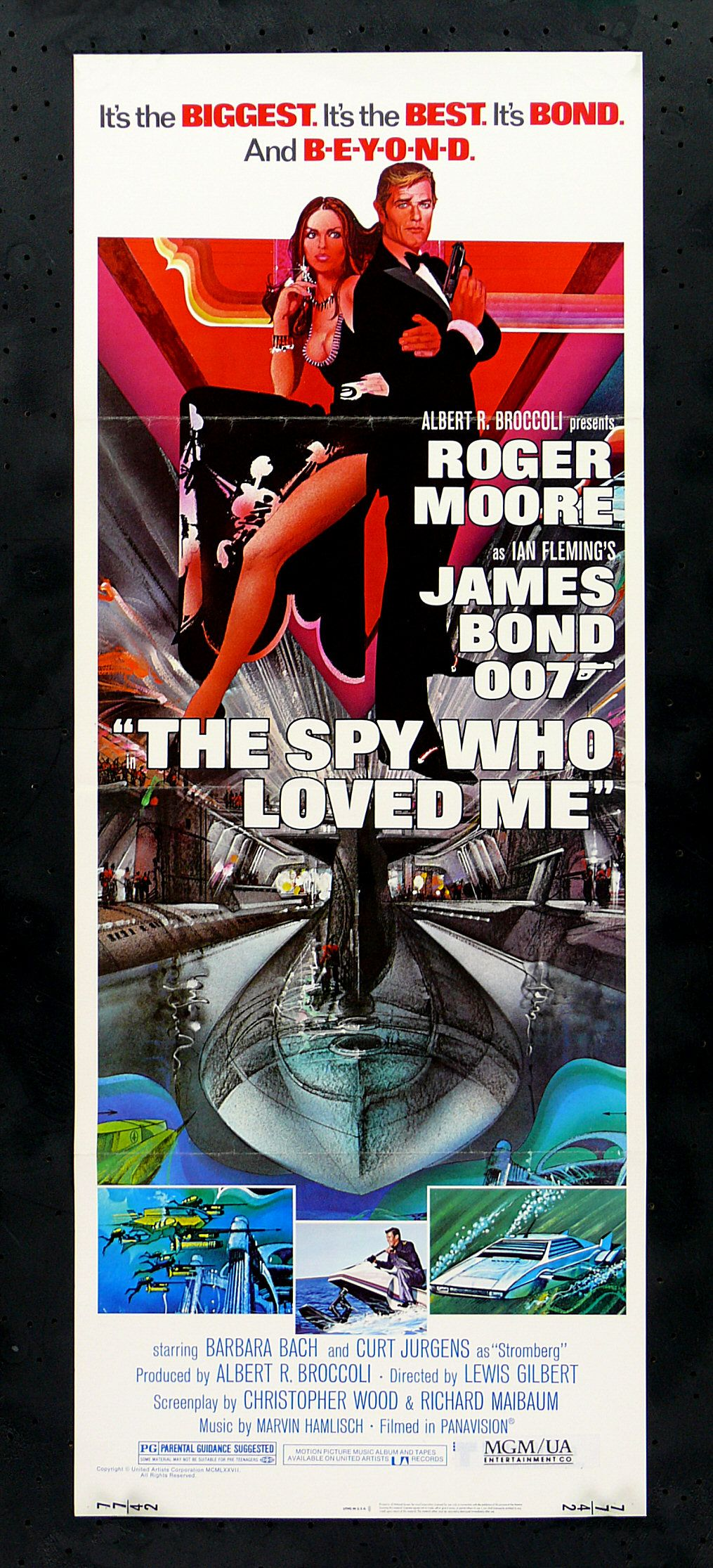 The Spy Who Loved Me 1977 Roger Moore And Barbara Bach With