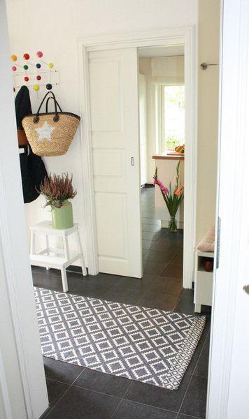 Zu Besuch Im Röda Hus Flur Entry Hallway Pinterest Schweden Und Solebich