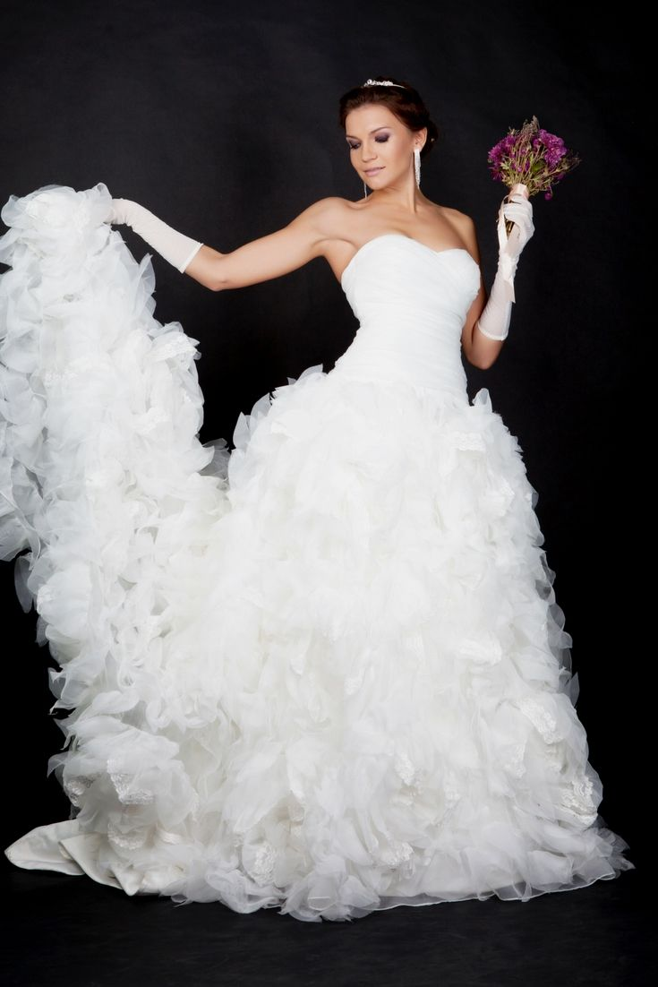 Big pretty wedding dresses  Discover Ideas For A Personus Wedding Gown By Using Our Big Wedding