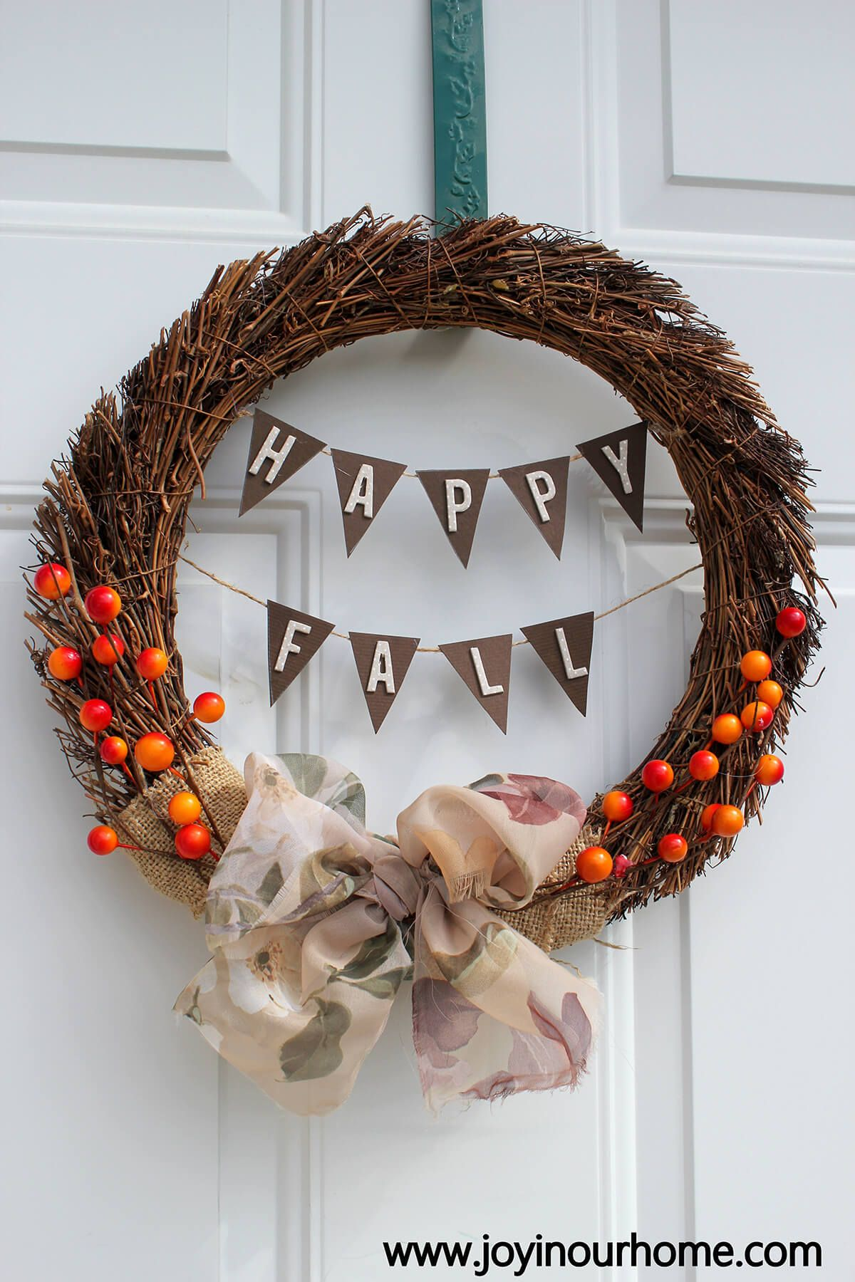 Photo of 20 Creative DIY Fall Wreaths for decorating your front door