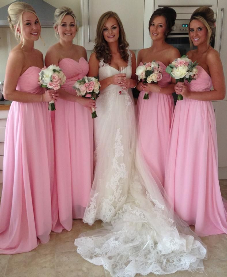 Bridesmaids and the Beautiful Bride and Bouquets. Wedding ...