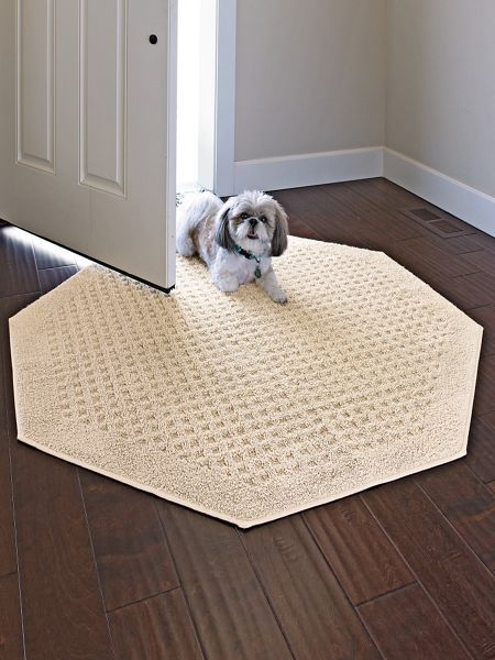 Vista Octagon Rugs   No Synthetic Rug Comes Close To The Soft Feel And  Absorbency Of