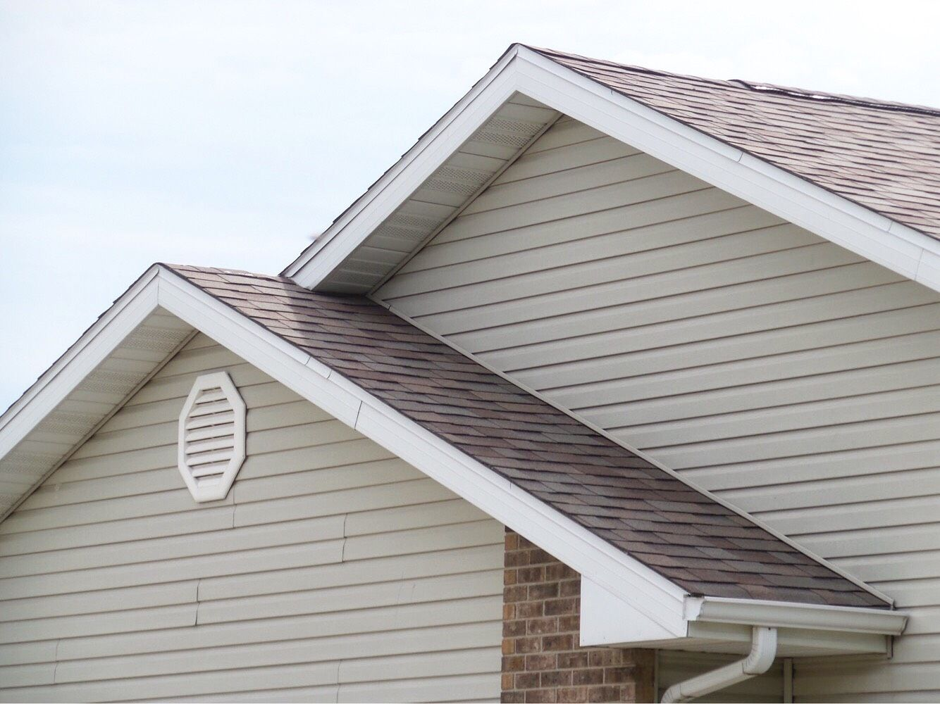 Best Interested In A New Roof Here At Tri County We Can Send 400 x 300