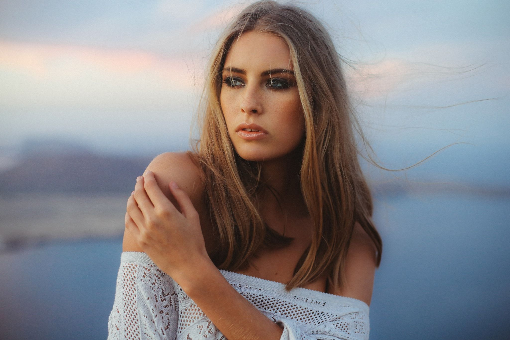 Going Where The Wind Blows Canon 135mm F2 Creative Photographers Beauty Photographer