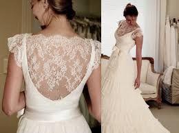 Resultado de imagem para vestidos de noiva com renda curto