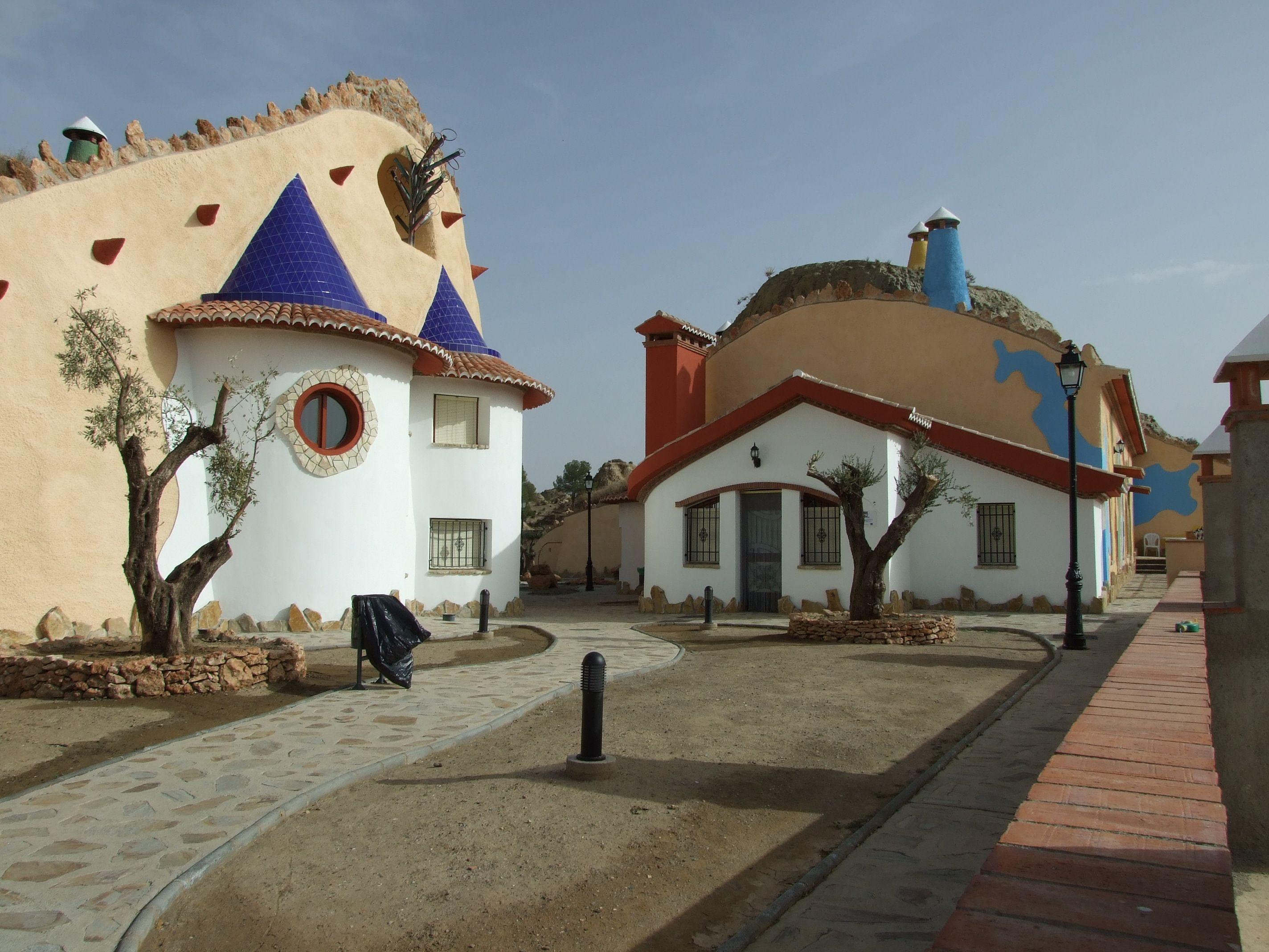 #Casas #Rustico #Exterior #Puertas #Fachada #Lamparas #Tejado #Arboles #Ventanas