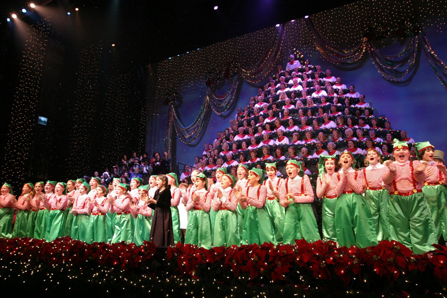 THE SINGING CHRISTMAS TREE: We've gone three years in a row, but not this year. Last year they had Micheal W. Smith and I don't know how they can top that. However, it's a beautiful Christmas show and a wonderful way to get in the Holiday spirit.  Singing Christmas Tree | Portland
