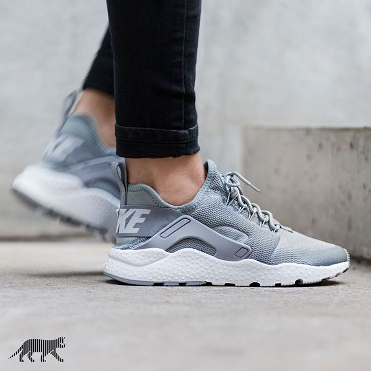 Nike Air Huarache Run Ladies Sneaker Shoes Casual Trainers New w Wmns