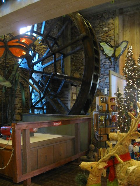 Working water wheel right inside a gift shop at Dollywood | P ...