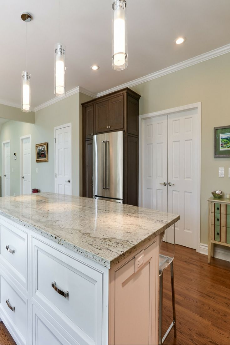 Large gourmet island with pendant lighting open concept kitchen