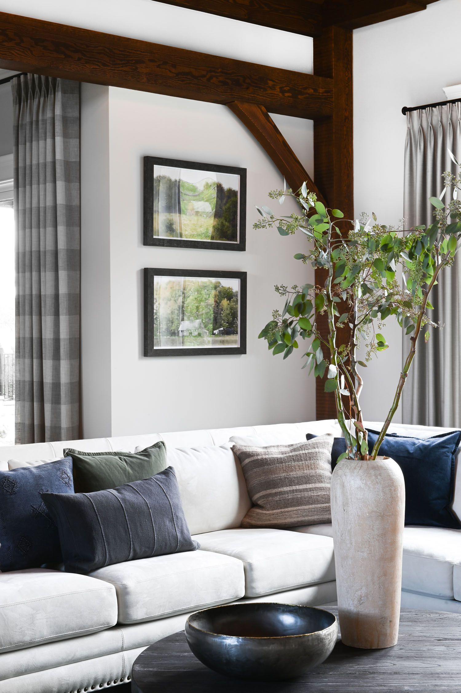 An Equestrian Inspired Home Outside Of Vancouver Bc Rue Interior Design Living Room Home Interior Design