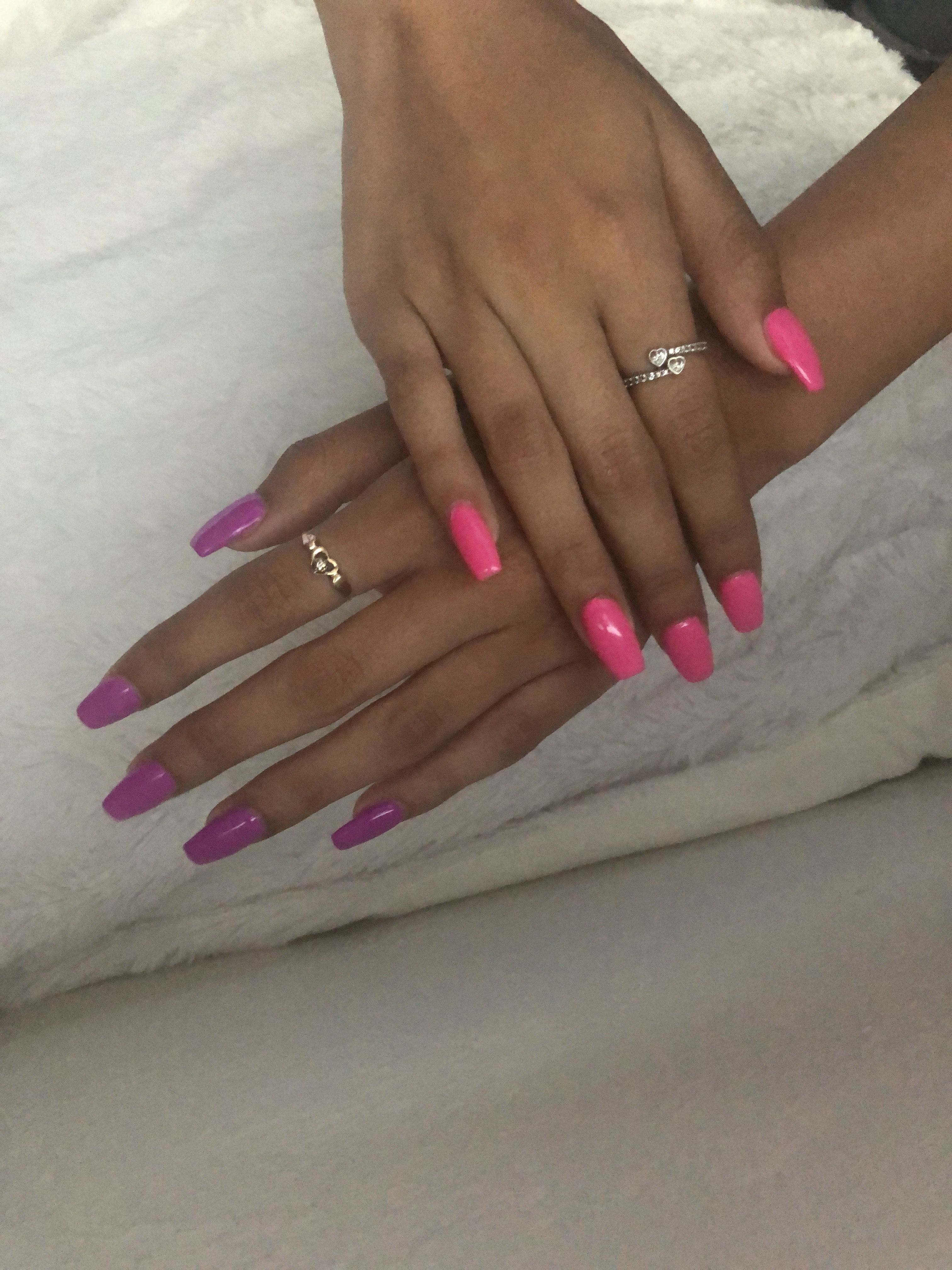 Nails Pink Nails Purple Nails Two Different Colored Nails Acrylic Nails Acrylic Nail Pattern Acrylic Nails Nails Color