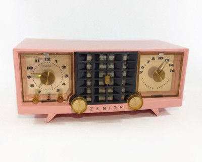 Vintage 1956 Zenith Clock Radio Pink / Model Z519V Telechron / Retro Home Decor / Collectible Tube Radio