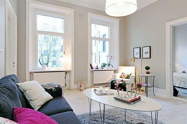 kleines wohnzimmer einrichten gro e fenster und naturlicht toller boden und wandfarbe. Black Bedroom Furniture Sets. Home Design Ideas