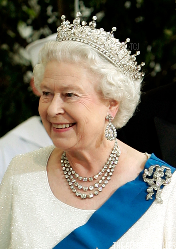 The Queen S American State Visit Tiaras The Court Jeweller Queen Elizabeth Tiaras Queen Elizabeth Royal Queen