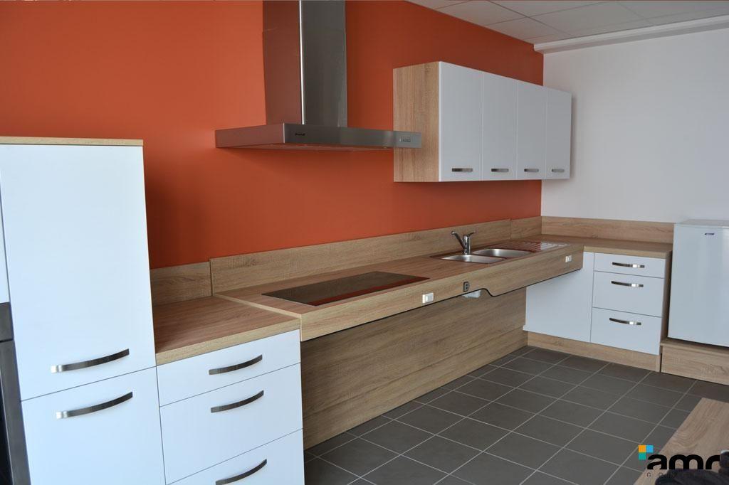 Cuisine th rapeutique hauteur variable en 2019 maison - Salle de bain maison de retraite ...