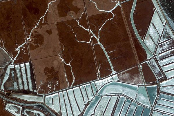 Dandong Shi, China - Earth View is a collection of the most beautiful and striking landscapes found in Google Earth.