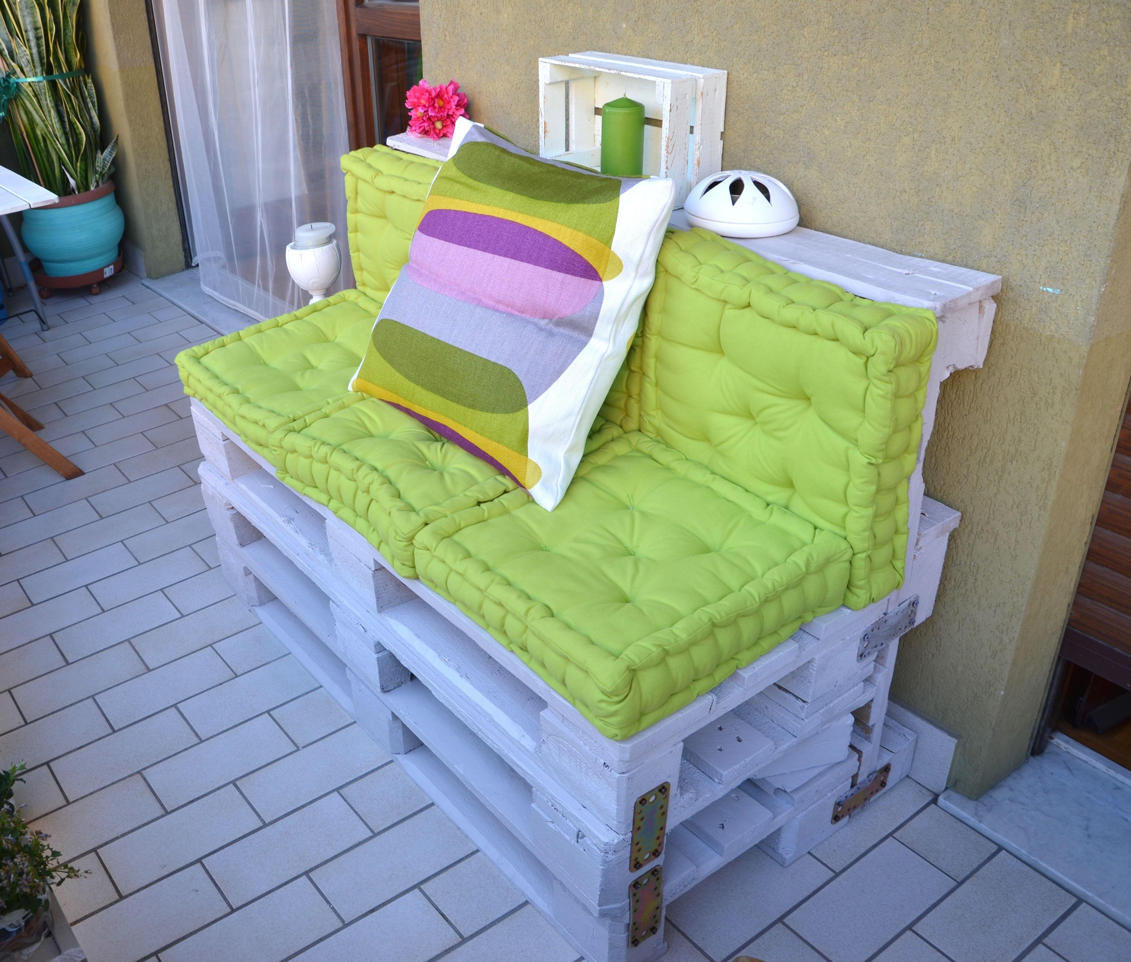 Pallet per arredare il giardino 20 idee lasciatevi for Sofa orientalischer stil
