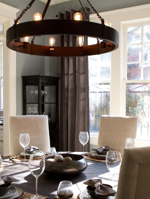 Chandelier Centerpiece Rockin Renos From Hgtv S Property Brothers On