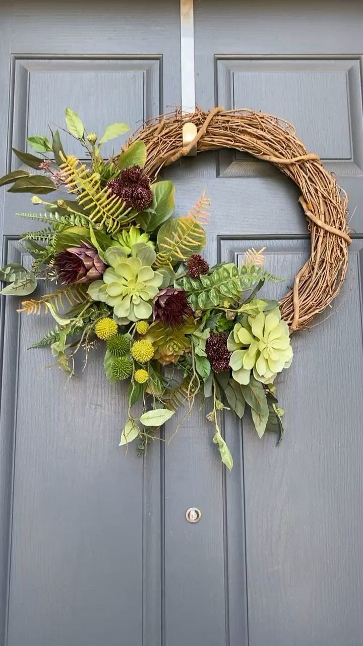 Photo of Protea succulent wreath