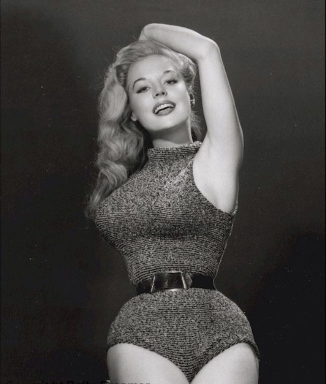 5444d7c06c5 From waist training in the 50 s