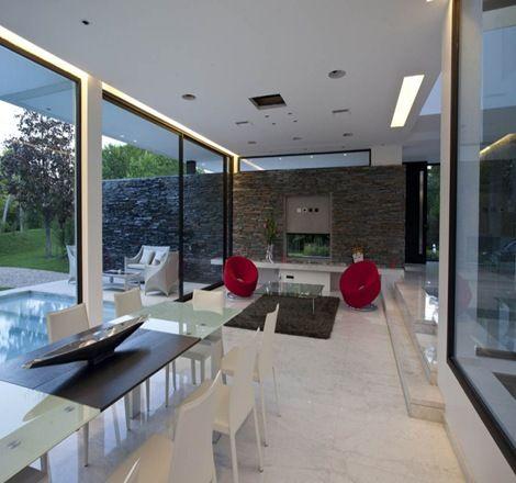 Suelos pisos marmol blanco hogar casas modernas casas for Casas minimalistas modernas interiores