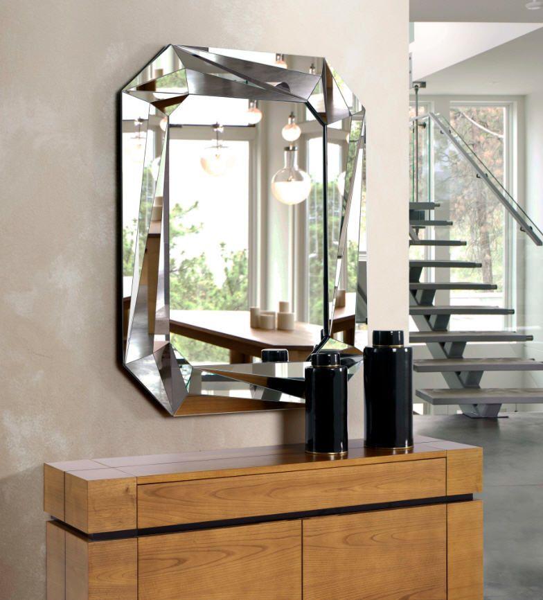 Espejo decorativo en forma octogonal realizado con cristal for Espejo marco cristal