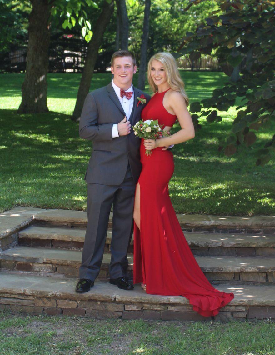 Couple pics photo prom red dress red sherri hill dress prom photos