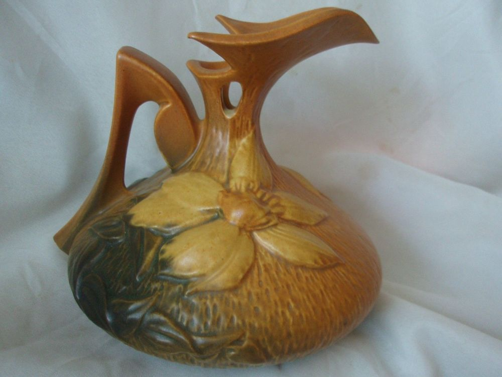 Roseville Clematis Ewer Pitcher Vase 16 6 Green Yellow Brown